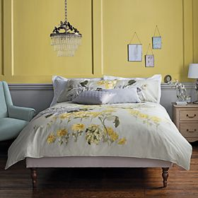Bed with printed duvet cover