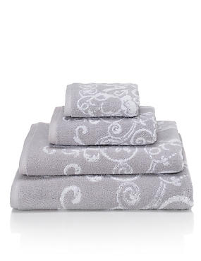 Renaissance Scroll Towel