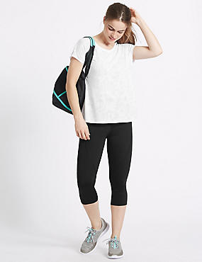 Active T-Shirt & Cropped Leggings Set