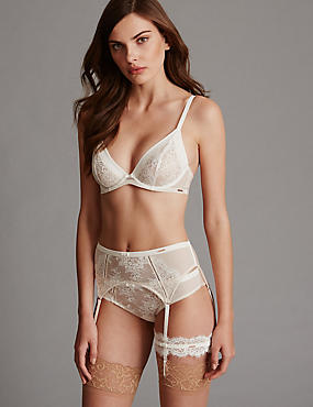 Lisette Lace Set with Underwired Non-Padded Plunge A-D