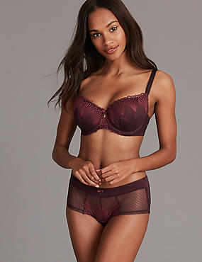 Embroidered Padded Set with Balcony A-E, , catlanding