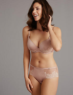 Applique Lace Set with Padded Plunge DD-G