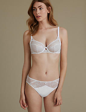 Arelia Lace Set with Non-Padded Underwired Full Cup A-DD