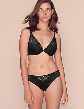 Silk & Lace Set with Beau DD+