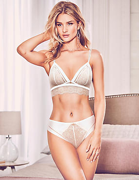 Lace Set with Non-Padded Bralet, , catlanding