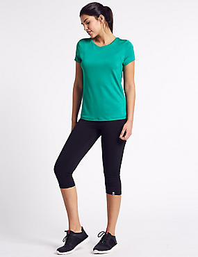 Short Sleeve Top & Cropped Leggings Outfit, , catlanding