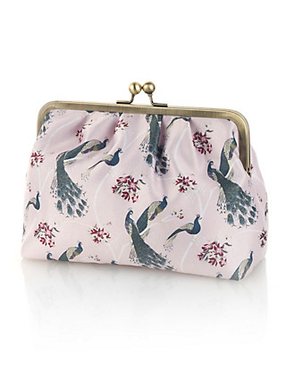 Cosmetic Bag Home