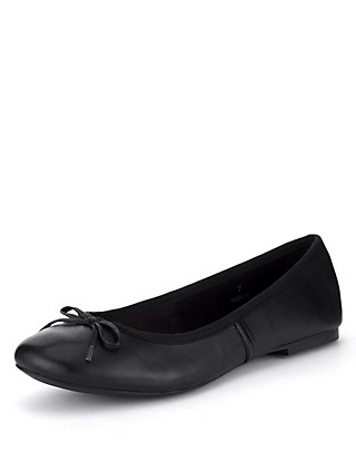 Leather Slip-On Bow Pumps Clothing