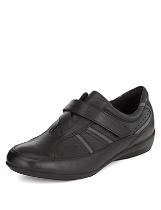 Leather Riptape Crossover Shoes Clothing