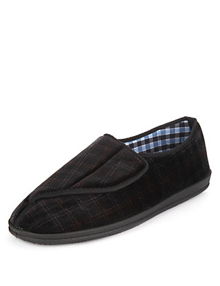 Freshfeet™ Riptape Slippers with Silver Technology Clothing
