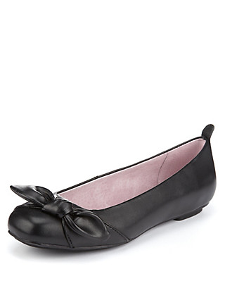 Knot Slim Panelled Bow Pumps (Older Girls) Clothing