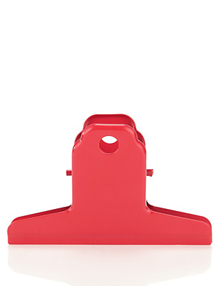 Large Red Metal Clip Home