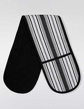 Sue Timney Oven Gloves