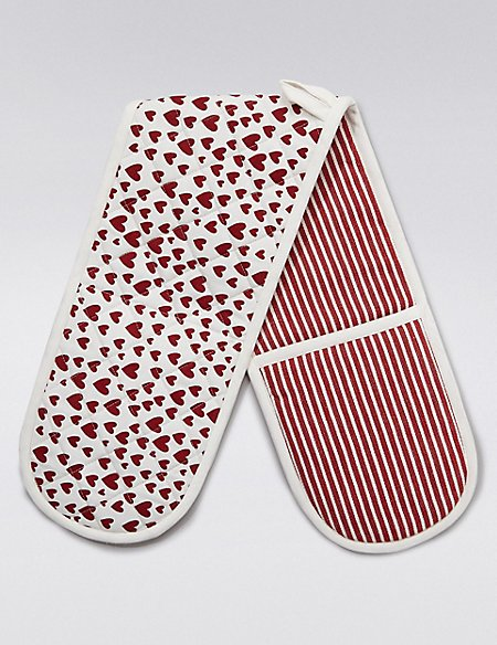 Heart Print Double Oven Gloves