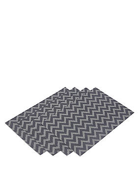 4 Woven Viynl Placemats
