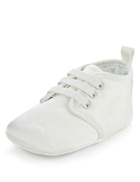 Lace Up Brogue Christening Pram Shoes