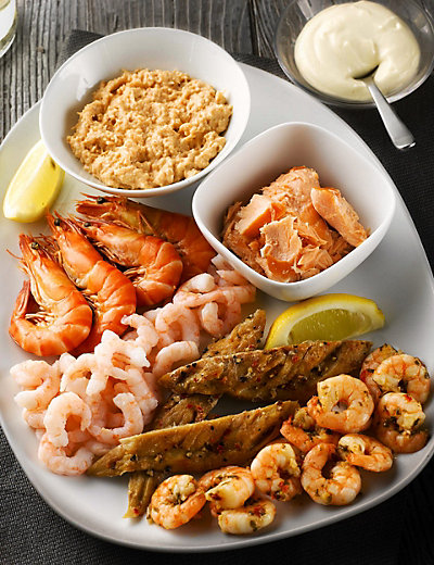 Seafood platter m s for Christmas fish starters