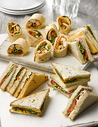 Count on us Sandwich & Wrap Platter (18 pieces) Food