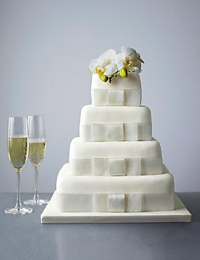 4 Tier Elegant Sponge Wedding Cake