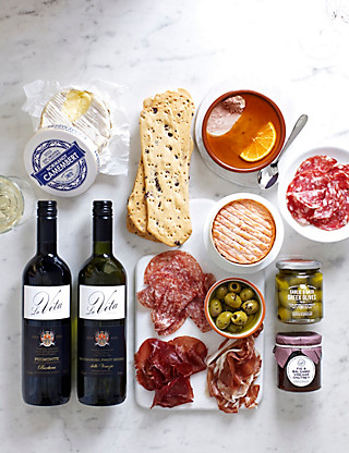 Taste of the Deli with Italian Wine Hampers