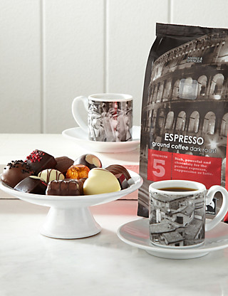 Italian Coffee Gift with Chocolates Hampers