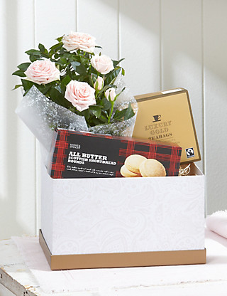 Afternoon Tea Rose Hamper Flowers