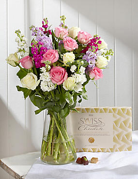 Summer Bouquet of the Season Gift Selection