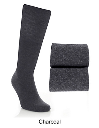 2 Pairs of Freshfeet™ Long Length Socks Clothing