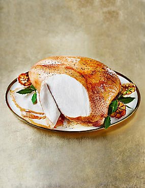 British Oakham™ Turkey Crown on the Bone (Serves 6-8)