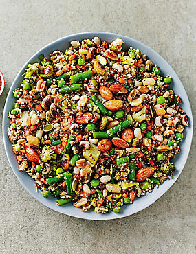 Super Nutty Wholefood salad
