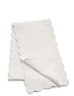 Scalloped Matelassé Runner