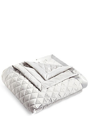 Diamond Quilted Throw, SILVER, catlanding
