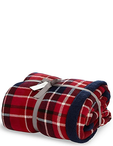tartan checked fleece throw m s. Black Bedroom Furniture Sets. Home Design Ideas