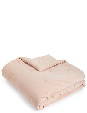 Velvet Tufted Small Bedspread, PINK, catlanding