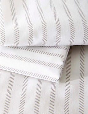 Striped Print Bedding Set