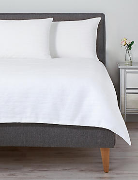 Pure Cotton Meadow Matelassé Bedding Set