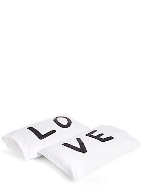 Set of 2 Love Slogan Pillowcases, , catlanding