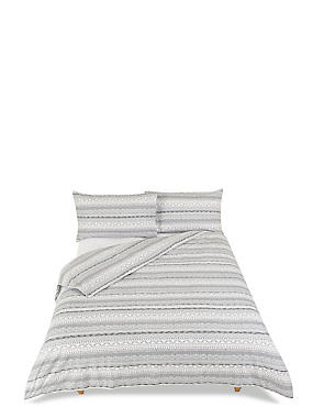 Brushed Cable Knit Bedding Set