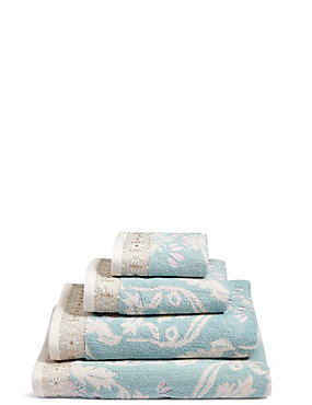 Hollywood Floral Towel