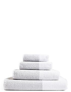 Wide Striped Towel, SILVER GREY, catlanding