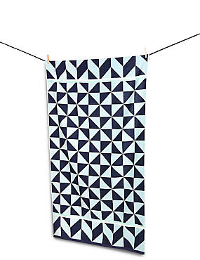 Geometric Print Beach Towel