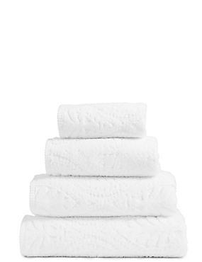 Sculpted Leaf Towel, WHITE, catlanding