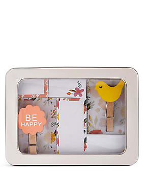 Sticky Notes & Magnets in a Handy Tin