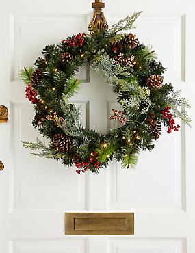 24 inch Extra Large Lit Winterberry Wreath, , catlanding