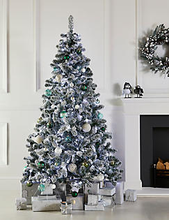 7ft lit snowy tree catlanding