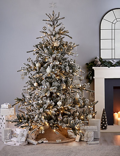Pre Lit Christmas Trees Australia