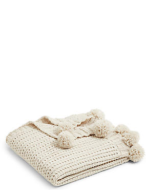 Chunky Pom Pom Throw, CREAM, catlanding