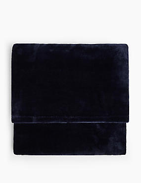 Soft Fleece Throw, NAVY, catlanding