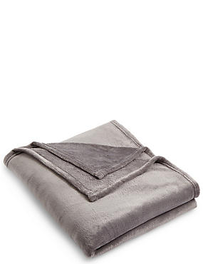 Soft Fleece Throw, CHARCOAL, catlanding