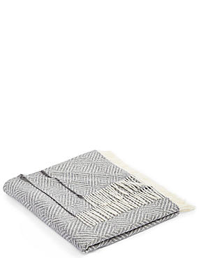Chevron Sparkle Throw, , catlanding